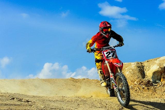 motocross v prírode.jpg