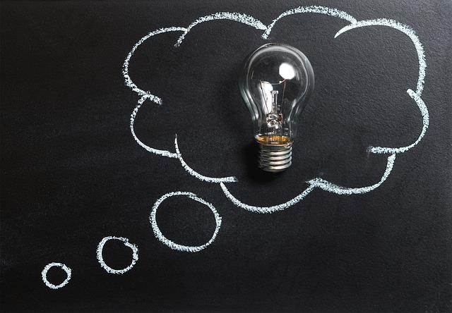 žiarovka v myšlienke.jpg