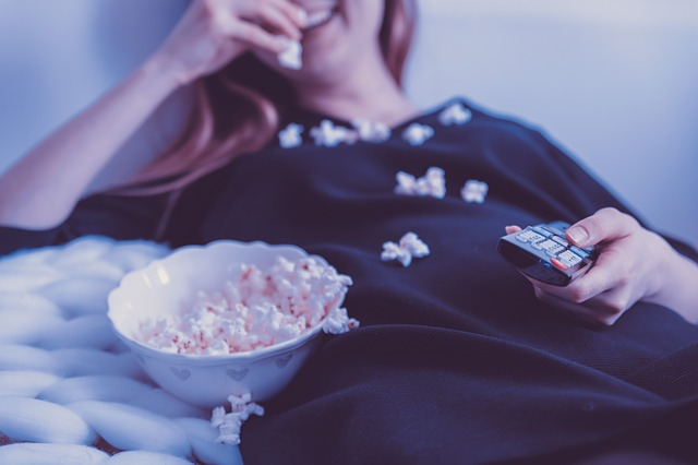 pozeranie filmu.jpg